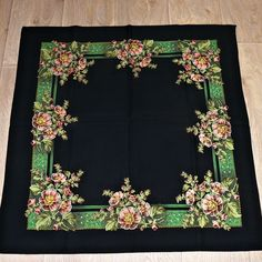 vintage shawl Vintage Scarf, Rarity, Vintage Antiques, Shawl, Rugs, Home Decor, Farmhouse Rugs, Decoration Home, Room Decor