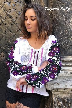 Ethnic Fashion, Womens Fashion, Casual Dresses, Fashion Dresses, Embroidered Clothes, Fashion Over 40, Traditional Outfits, Blouses For Women, Embroidery Designs