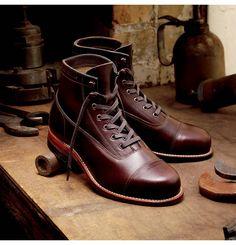 Men's Rockford 1000 Mile Cap-Toe Boot - W05293 - Vintage Boots   Wolverine