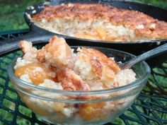 Wild Turkey American Honey flavored bourbon transcends a scrumptious Southern style skillet peach cobbler recipe. Just Desserts, Delicious Desserts, Dessert Recipes, Skillet Peach Cobbler, Potluck Dinner, Wild Turkey, Bourbon, Great Recipes, Macaroni And Cheese