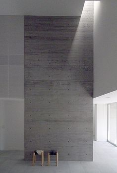 lights itself can reveal a space and create dynamic atmosphere -House in Katsuyama, Akira Sakamoto Architect & Associates Space Architecture, Amazing Architecture, Architecture Details, Interior Minimalista, Minimalist Interior, Commercial Interiors, Interiores Design, Interior Inspiration, Interior And Exterior