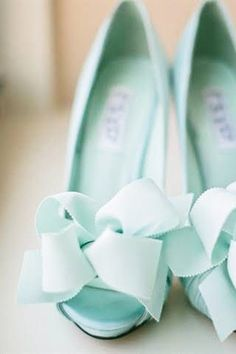 bow bridal shoes blue breakfast at tiffanys bridal shower brides of adelaide magazine