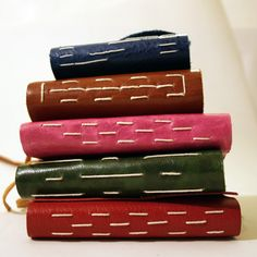 Venetian Style Journals with Decorative Stitching Date: Thursday 3rd May 2018Time: 9.30am - 12.00pmPrice: $25.00 per courseAll materials and tools are providedEvery student completes the ...