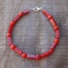 Armband van oranjerode jaspis