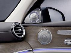 Experience the 3D-High-End-Surround-Soundsystem in the Mercedes-Benz E-Class.   #highend #highendaudio #audio #hifi #highendhifi #highendsound #audiophile #ilovehifi #lifestyle #design #luxus #luxury #soundsystem #carhifi #mercedes #benz