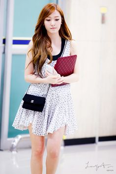 [120807] Jessica at Gimpo Airport back from Japan