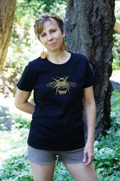 8cd37e7443c0b Tee Shirt Women s Honey Bee Nature Screen Print Black Organic Cotton