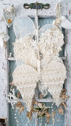 Shabby Chic Decor Catalogs by Home Decor Gifts Near Me because Home Decor Stores Palm Beach under Vintage Shabby Chic Baby Bedding with Home Decor Mixing Styles Shabby Chic Baby, Shabby Chic Vintage, Shabby Chic Crafts, Shabby Chic Bedrooms, Shabby Chic Homes, Vintage Lace Crafts, Shabby Chic Flowers, Vintage Flowers, French Vintage