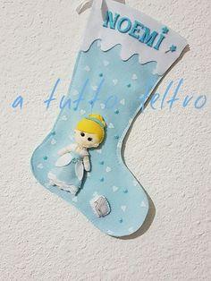 calze della befana realizzate da @atuttofeltro su fb