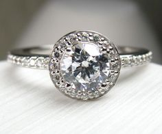 Custom Made Diamond Engagement Rings