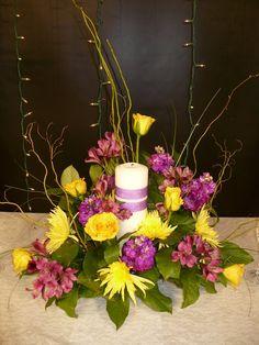 Beautiful unity candle arrangement #OneofaKindEvents