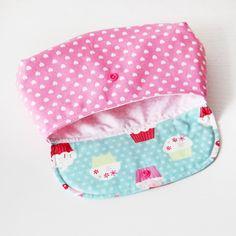 Schminktasche von nähfein mit süßen Innenstoff passend zum Rest der Tasche :) #naehfein #innentasche #rosa