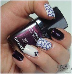 Nail 2 Express: Vijolična manikira z lakom Chanel Taboo