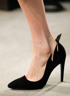 Escarpin noir par Bottega Veneta... - Tendances de Mode
