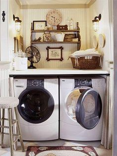 Laundry Room Makeover Ideas for your Mobile Home. You would just never even think that these were in a mobile home! Rich, colourful, simple, and you don't mind doing laundry at all. :)