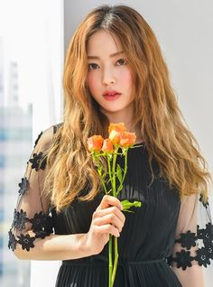 Bora Lim, Korean Blouse, Korean Girl Photo, Pretty Images, Anime Princess, Cute Girl Face, Star Girl, Drawing Poses, Beautiful Asian Girls