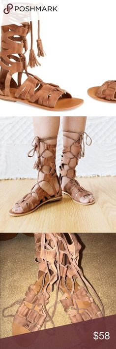 free people gladiator sandals Barely worn sandals --- great condition!!!! Size 39 Free People Shoes Sandals