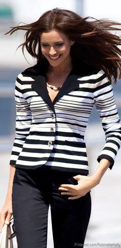 Photoshoot: Irina Shayk for Madeleine SS Collection 2013 Only Fashion, Fashion Over 40, White Fashion, Love Fashion, Stripes Fashion, Fashion Beauty, Womens Fashion Casual Summer, Womens Fashion For Work, Fashion Women