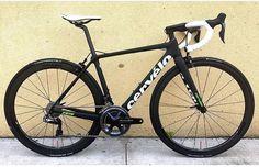 """2,374 Likes, 1 Comments - Loves road bikes (@loves_road_bikes) on Instagram: """" Cervelo R5 @racycles #lovesroadbikes #cervelo #cervelor5 #shimano #duraace #duraacedi2"""""""