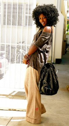 Big beautiful #fro + big bag + wide leg trousers - I love how everything in this look is oversized.