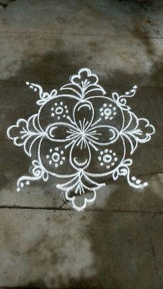 Rangoli Designs Flower, Rangoli Patterns, Rangoli Ideas, Rangoli Designs Diwali, Rangoli Designs Images, Kolam Rangoli, Flower Rangoli, Beautiful Rangoli Designs, Diwali Special Rangoli Design