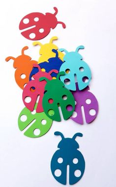 Lady Bug Die Cut Outs Scrap Booking Embellishments Party Party Decoration, School Decorations, Valentine Decorations, Flower Decorations, Lady Bug, Diy Arts And Crafts, Crafts For Kids, Paper Picture Frames, Paper Art