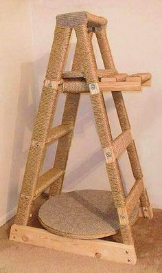 Great idea for old ladders!