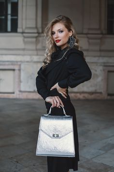 #orovicafashion #blackoutfit #outfitforoffice Black Culottes, Timeless Fashion, Suits, Womens Fashion, Design, Suit, Women's Fashion, Woman Fashion