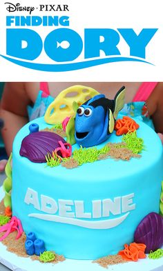 This Finding Dory cake is perfect for a Finding Dory party! Check out this Finding Dory party for more food ideas, games, crafts and decorations.