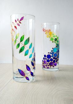 Rainbow drinking glasses set of 2 hand painted floral colorful tumblers, custom water glasses set for couple Rainbow Drinking Glasses painted glass Drinkware Couple Tumblers set of 2 12 oz water glasses Custom Personalized Glassware Glass Bottle Crafts, Diy Bottle, Bottle Art, Glass Painting Designs, Paint Designs, L'art Du Vitrail, Rainbow Decorations, Painted Wine Glasses, Bottle Painting