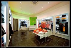 Windowless Merchandising With Floorplan That Draws Customer Deeper Into Store