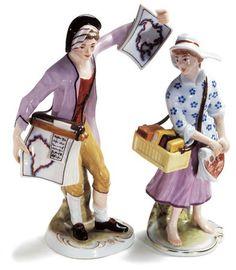 Ein immer wieder geschätzter Klassiker in Ludwigsburg sind unsere traditionellen bunten Figuren. Ob Solistengruppe oder barock verkleidetes Kinderpaar, bei jeder Figur werden alle Details nach historischen Vorlagen bemalt, wie es vor über 250 Jahren vom Obermaler des Ludwigsburger Porzellans festgelegt wurde.