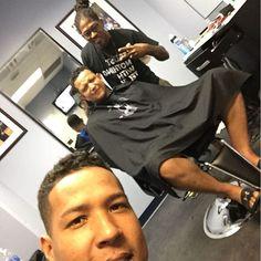 Before the game @miggy24 @purplelabel_barbershop 💈💈✂️✂️ antes del juego unos cortes 😂😂😂😂