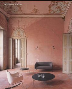 Plaster pink room