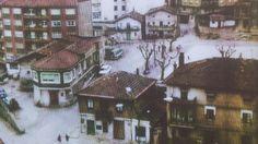 Plaza de Cabieces, 1960. Metalistería y tienda de ultramarinos  de los Arroyo, el estanco y la panadería de Amalín. Al fondo de la plaza, hacia la izquierda, el camino que llevaba a Villar.