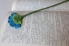 Segnalibro fiore fatti a mano all'uncinetto di PetyaTwinkles