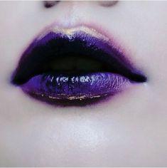 Il colore e' poesia dell'anima <br> Makeup Inspo, Makeup Art, Lip Makeup, Makeup Inspiration, Beauty Makeup, Catty Noir, Purple Aesthetic, Purple Rain, Purple Lips