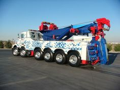 100 Ton Rotator Tow Trucks and Wreckers in Biggest Tow Truck<br> Big Rig Trucks, Heavy Duty Trucks, Heavy Truck, Tow Truck, Cool Trucks, Rescue Vehicles, Kenworth Trucks, Engin, Automobile