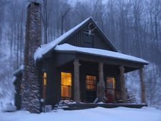 winter cabin, someday I will have a little cabin completely secluded from others! Winter Cabin, Cozy Cabin, Snow Cabin, Cozy Winter, Little Cabin, Little Houses, Design Rustique, Cabin In The Woods, Snowy Woods