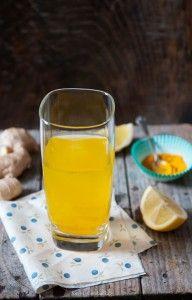 Eliksir dla zdrowia.  #imbir #kurkuma Turmeric Drink, Pudding, Pint Glass, Creme, Vegetarian Recipes, Drinks, Cooking, Tableware, Fitspo