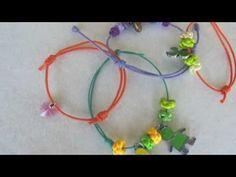 Vous verrez ici comment faire un noeud coulissant pour fermer un bracelet en cordes. Vous verrez aussi comment faire un noeud à boucles multiples pour termin...