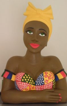 Alegrias da familia: Boneca namoradeira African Dolls, African Art, Sculpture Clay, Soft Sculpture, Tapetes Diy, Statues, African American Figurines, Glass Dolls, African Origins