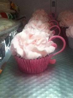 teacup cupcakes - made these to go along with a teapot cake :)
