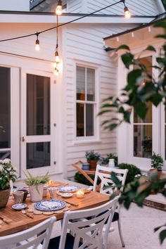 Our Back Patio Makeover Just In Time For Summer Entertaining - Gal Meets Glam Outdoor Dining, Outdoor Spaces, Outdoor Decor, Outdoor Furniture, Wooden Furniture, Antique Furniture, Outdoor Patios, Outdoor Kitchens, Furniture Design