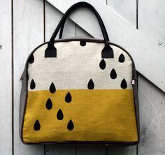 Rain drop tote bag