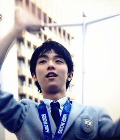 Yuzuru HANYU 羽生結弦  He's so perfect. How???