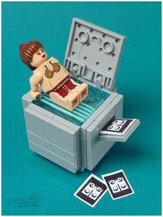 Princess Leia xeroxes her bum!  Gotta love a girl with a sense of humor!