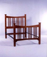 Arts and Craft style bed