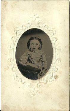 Victorian Photo / Original Print / Date of Creation: 1860 / Photo Type:	 Tintype / Color:	Sepia / Region of Origin:	USA