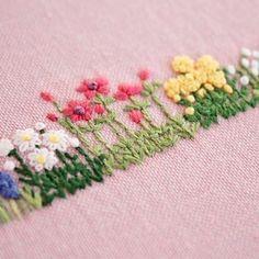 2016.12.09 . 春に咲く花たち、、、 . . #刺繍#手刺繍#ステッチ#手芸#embroidery#handembroidery#stitching#자수#broderie#bordado#вишивка#stickerei#花の刺繍